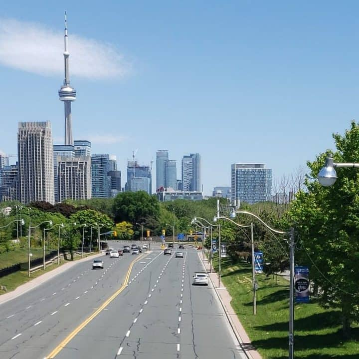 Driving in Canada: 10 Essential Facts to Know