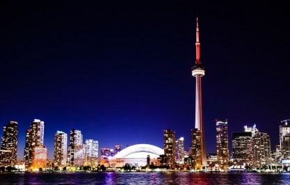 10 Reasons Immigrants Settle in Toronto